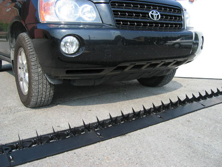 Road Blade Automatic Vehicle Spikes